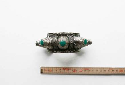cuff-spike-turquoise-inlay-top